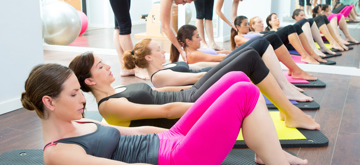 Yoga-class-w-instruction